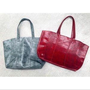 ❤️ 🐍 Neiman Marcus Snake Skin Handbags 🐍 ❤️